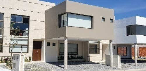Casa En Venta A 6 Km De Metepec