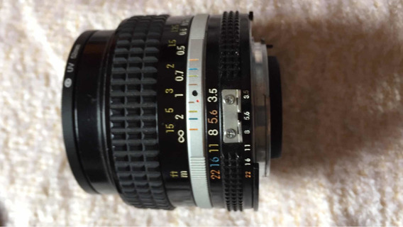 Nikon 28mm 3.5 Analogica