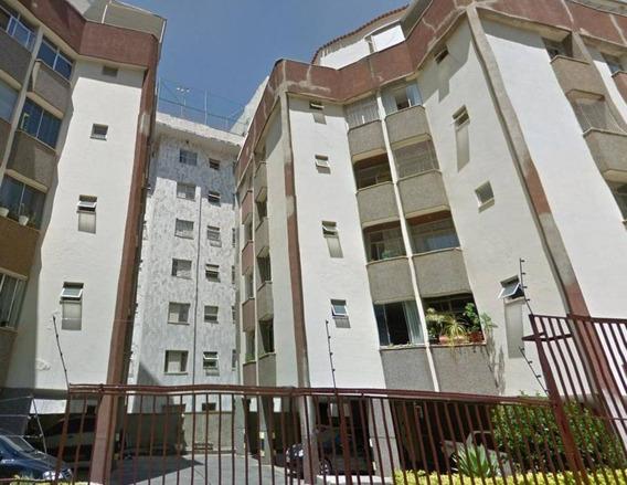 Apartamento Com 2 Quartos No Bairro Santo Antônio. - 2083