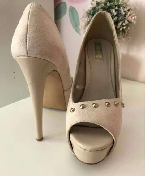 Zapatos Beige Tacón De Aguja Con Plataforma, Marca Lob