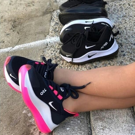Botas Deportivas De Dama Nike Air720