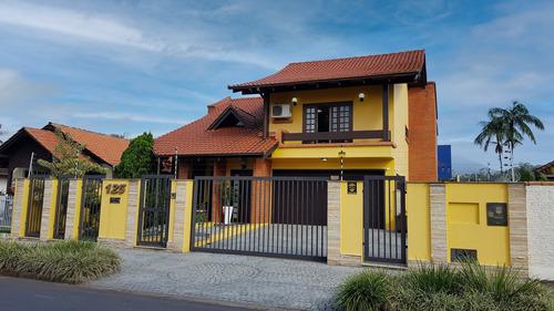 Imagem 1 de 13 de Casa Em Pirabeiraba | 1 Suíte Master + 2 Dormitorios | 4 Vagas De Garagem | Proximo Ao Bethesda - Sa01975 - 69732743