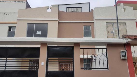 Vendo O Cambio Casa De Dos Pisos Con Terraza En Ambato