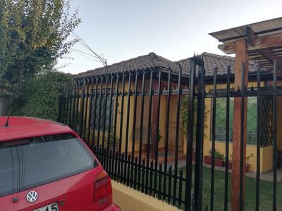 Casa 3 Dormitorios, 2 Baños , Piscina, Quincho