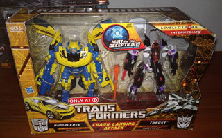 Transformers Hftd Bumblebee Vs. Thrust Crash Landing Attack