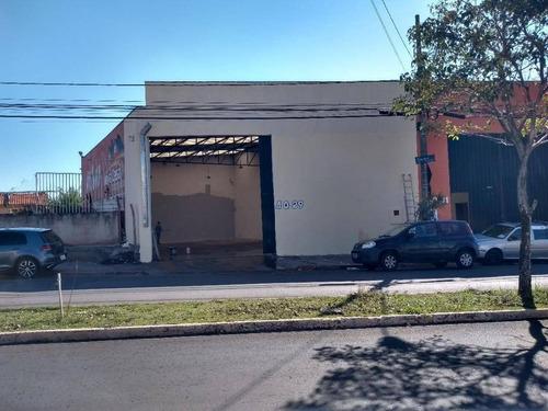 Na Avenida Cruzeiro Do Sul - Ba0234