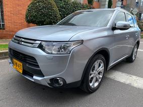 Mitsubishi Outlander 2.4 4x4 7 Puestos