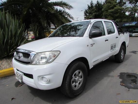 Toyota Hilux 2500 Mt