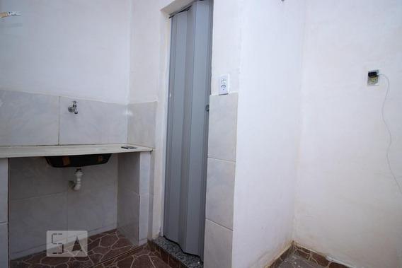Kitnet No 2º Andar Com 1 Dormitório - Id: 892960380 - 260380