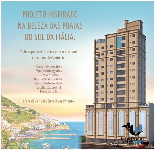 Imagem 1 de 3 de Apartamento Padrão Com 3 Quartos No Ed. Costa Amalfitana - 476545-v