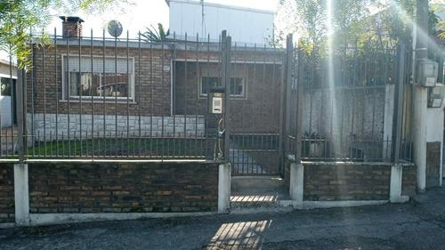 Imagen 1 de 14 de Casa 3 Dormitorios 2 Garages