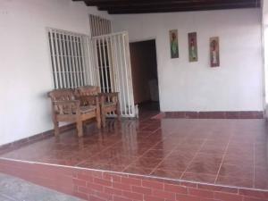 Casa En Venta La Morenera 20-2803 Mf