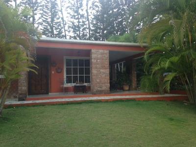 Casa Vacacional En Santiago, La Delgada
