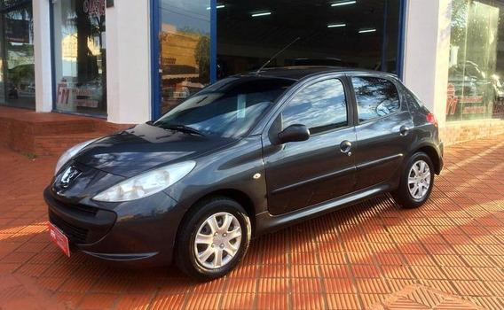 Peugeot 207 Compact 1.4 2011