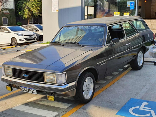 Chevrolet Caravam