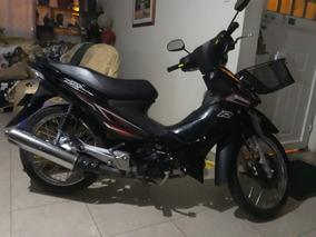 Moto Negra Susuki ´placa : Lsv 22c