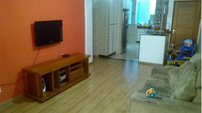 Apartamento A Venda No Bairro Centro Em Nova Friburgo - Rj. - Av-146-1