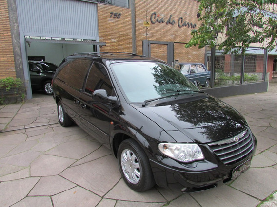 Chrysler Grand Caravan 3.3 Limited 5p
