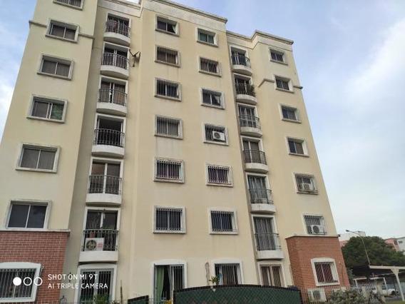 Apartamentos En Venta Oeste Barquisimeto 20-741 Rg