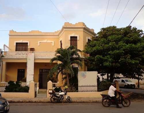 Edificio Comercial - Fraccionamiento Itzimna