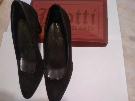 Zapato De Mujer De Fiesta Material Gamuza.