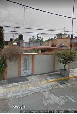 Casa Habitación De Remate Bancario, Col. Viveros Del Valle