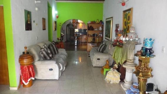 Rah: 20-5299. Casa En Venta En Llano Alto