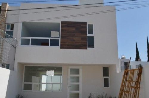 Se Vende Casa Atras De Plaza San Diego Excelente Ubicacion