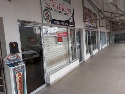 18-7106ml Cómodo Y Estrategico Local, Ubicado En Juan Diaz