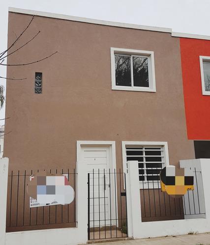 Duplex A Estrenar, Amplio, 4 Cuadras Del Mar