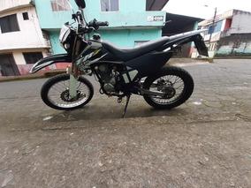 Vendo Moto Axxo 250