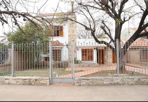 Casa Venta Barrio Cerro De Las Rosas 700 Metro Terreno
