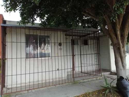 Casa En Privada Privada San Luis