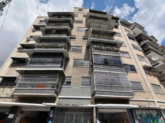 Apartamento En Venta Bello Monte , Caracas Mls #20-1242