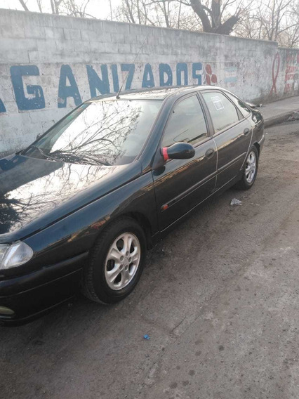 Renault Laguna 1997 2.0 Rxe 7 As