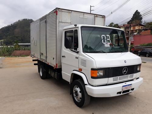 Imagem 1 de 11 de Mercedes 710