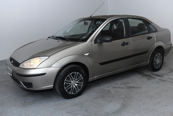 Ford Focus 1.6 16v Ambiente 4p 2007
