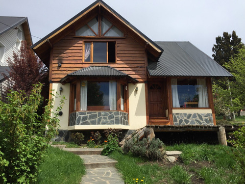 Imagen 1 de 14 de Casa De 3 Dormitorios En Venta En San Carlos De Bariloche