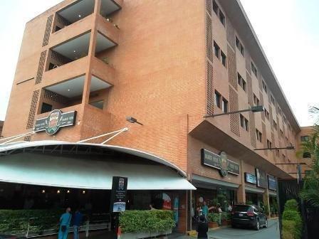 Oficina Comercial En Alquiler En La Boyera Mls #19-20129