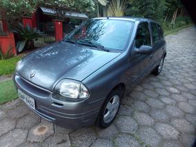 Clio 1.6 16v 2001