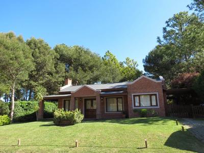 Espectacular Casa En Pinamar Pileta Climatizada.marzo