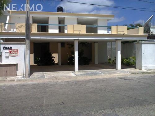 Imagen 1 de 26 de Casa En Venta En Buenavista, Mérida