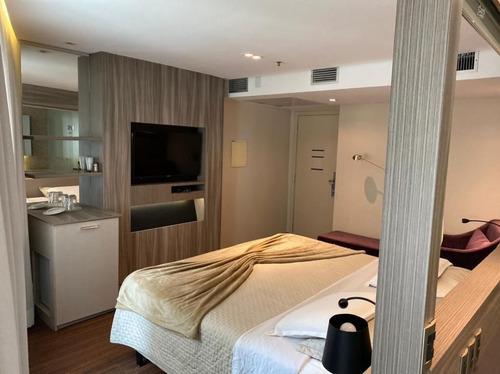 Imagem 1 de 6 de Flat Com 1 Dormitório Para Alugar, 50 M² Por R$ 2.000,00/mês - Vila Olímpia - São Paulo/sp - Fl0101