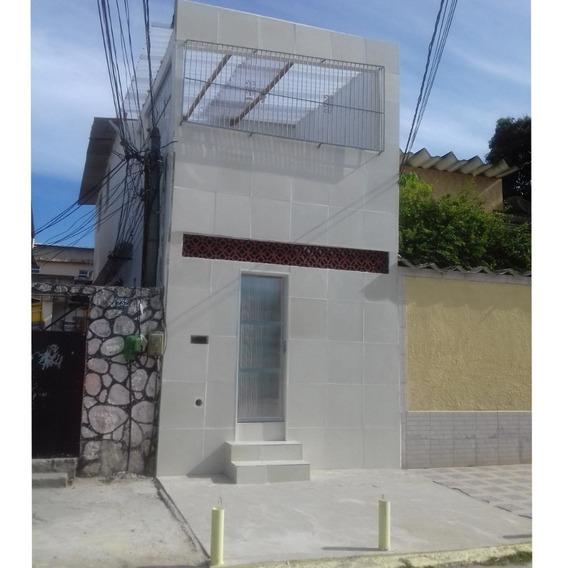 Casa Duplex - 3 Quartos, Varanda, Área De Svç. - 100 M2 De Á
