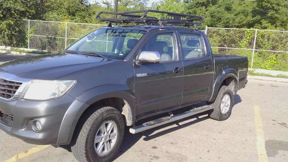 Toyota Hilux 4 Puertas