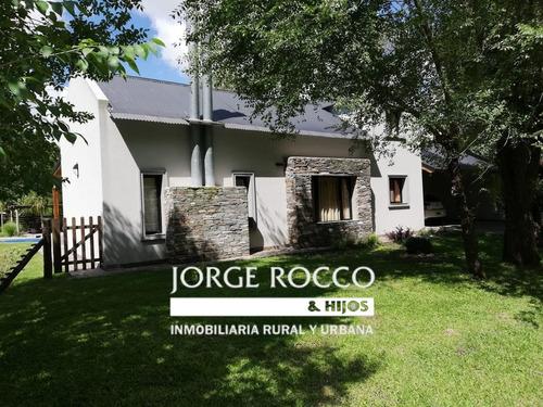 Bella Casa Quinta En Bosquecitos