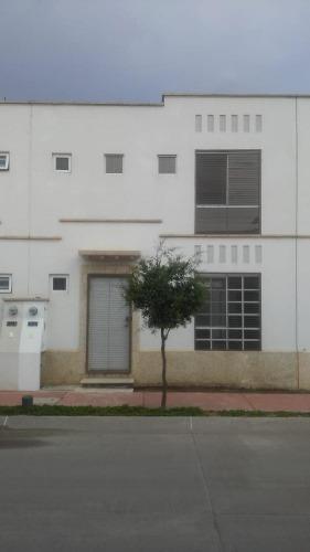 Casa En Renta En Fracc. El Dorado 3 Rec León, Gto.