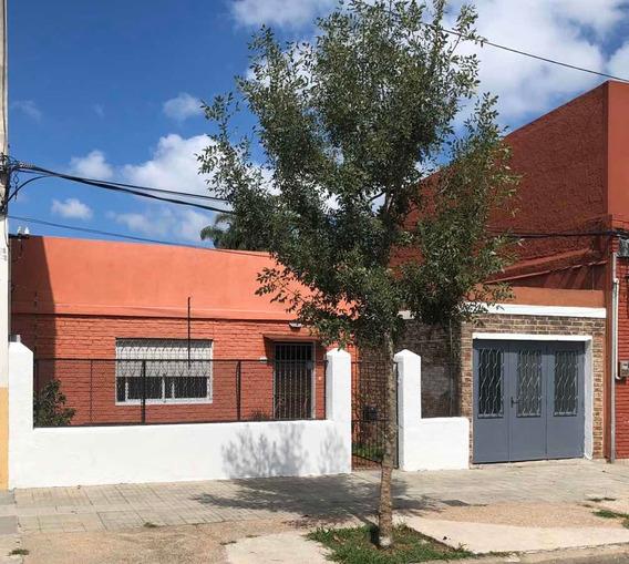 Casa 2 Dorm , Garaje . Atahualpa