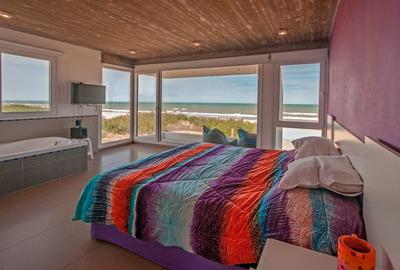 Casa En La Playa Frente Al Mar $6000