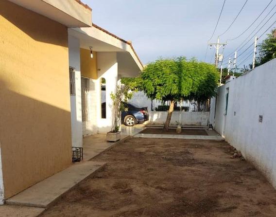 Casa En Venta 20-1196 J.estevez